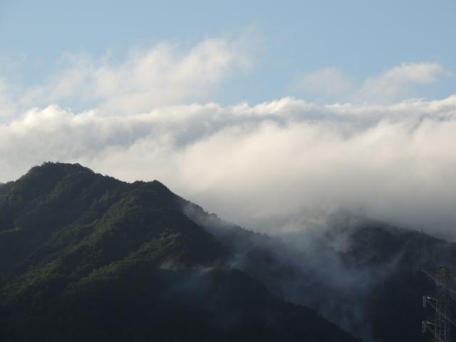 N9512六甲山脈
