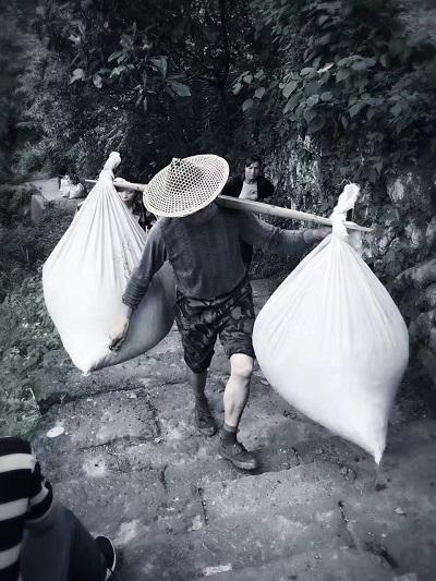 岩茶製茶―重労働5