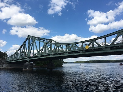 ⑨グリニカ橋近景