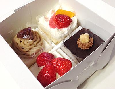 プチケーキ4個