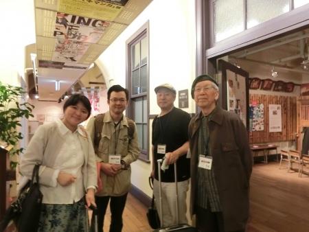 22谷さん、岡原さんと記念撮影