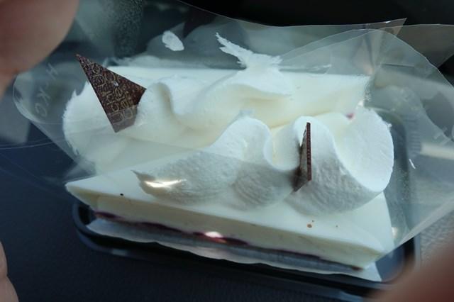 7 レアチーズケーキ (4)