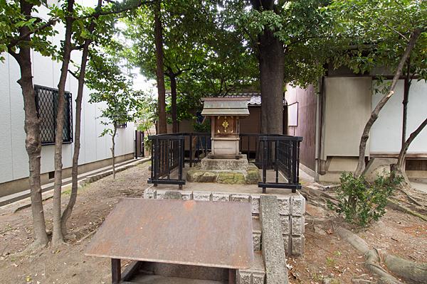 四番町神明社竜神社の社