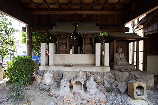 夜叉龍神社本社