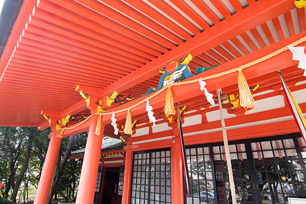 豊藤稲荷神社拝殿アップ