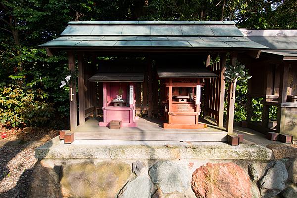 豊藤稲荷神社水神社と天宇受賣社
