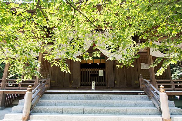 椿大神社行満堂