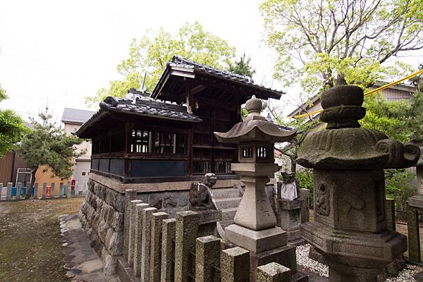 春田神明社社殿