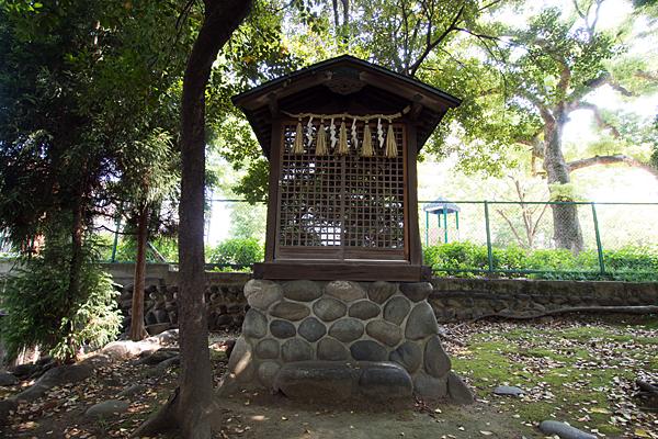 大須白山神社日吉社社