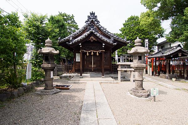 中島八幡社拝殿