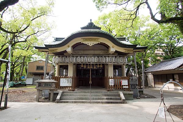 下中八幡宮拝殿