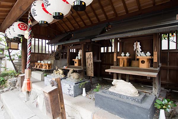 洲嵜神社境内末社