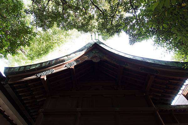 正及神社本殿屋根