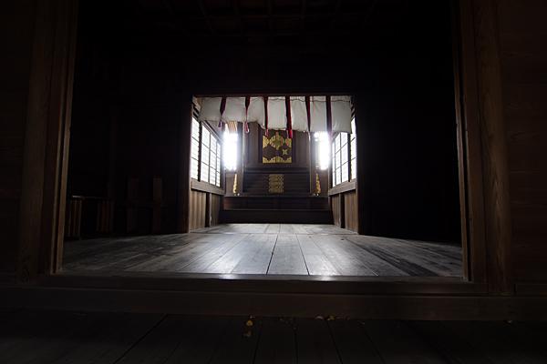 正及神社本殿内部