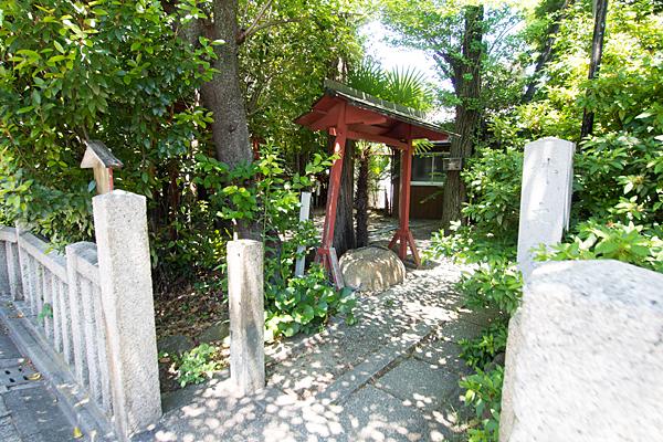 外土居神社