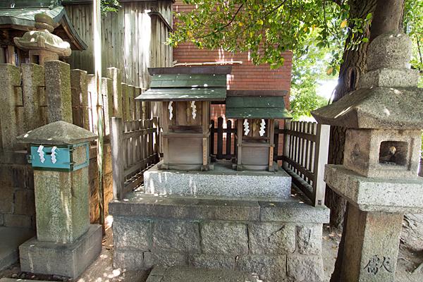 丸屋八幡神社津島社と秋葉社