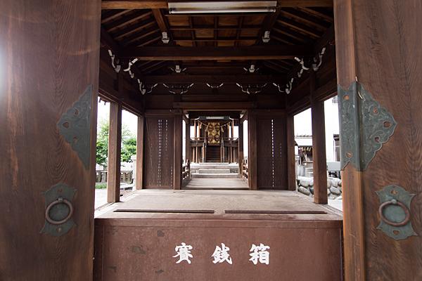 瑞穂通秋葉神社拝殿から本殿