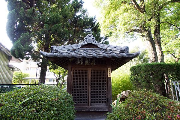 東八幡社金峯神社