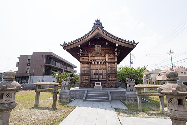 長須賀八幡社拝殿