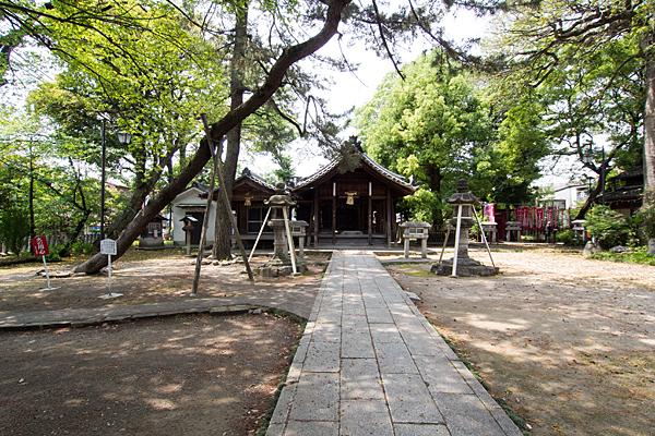 栄生町八幡社境内の風景