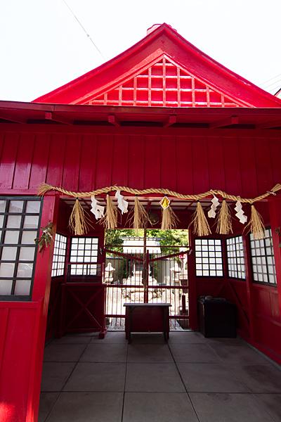 西古渡神社稲荷社拝殿