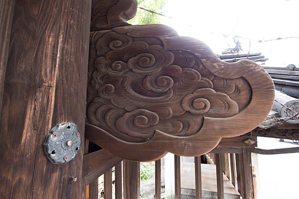 名駅南津島社彫り物