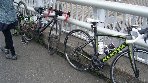 今回参加した女性陣2名の自転車をパチリ