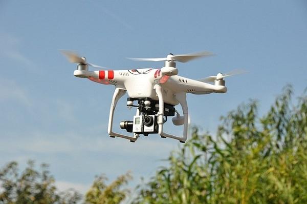ハウステンボス インテルドローンライトショー  300機 drone Shooting Star