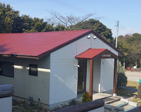 屋根を塗り替えたキッズルーム1