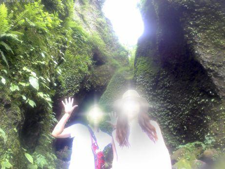 シワガラの滝洞窟入口