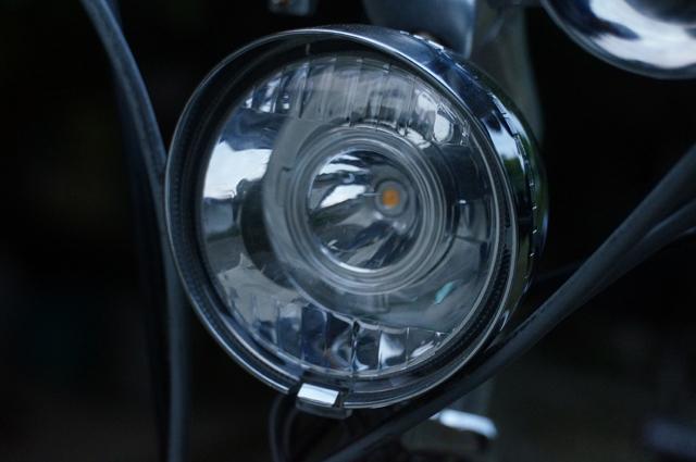 電球色3W-LEDを仕込んだ丸善のヘッドライト