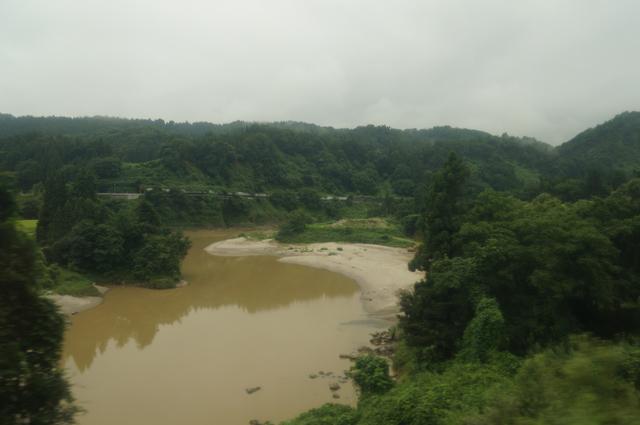 ふるさと信濃川を眺める