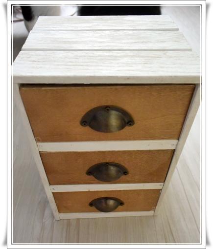 100均すのこと木箱で作った