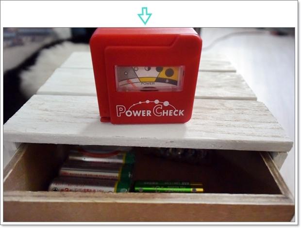 100均で買った電池残量チェッカー
