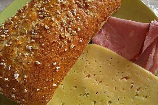 ポーランドのハムとチーズ