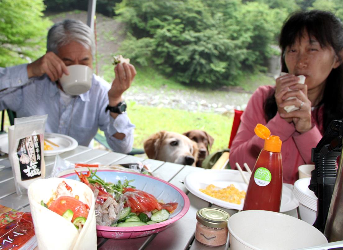 朝食と桃デザート(2)