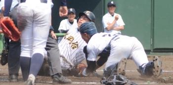 170520-8武岡台本塁アウト_030