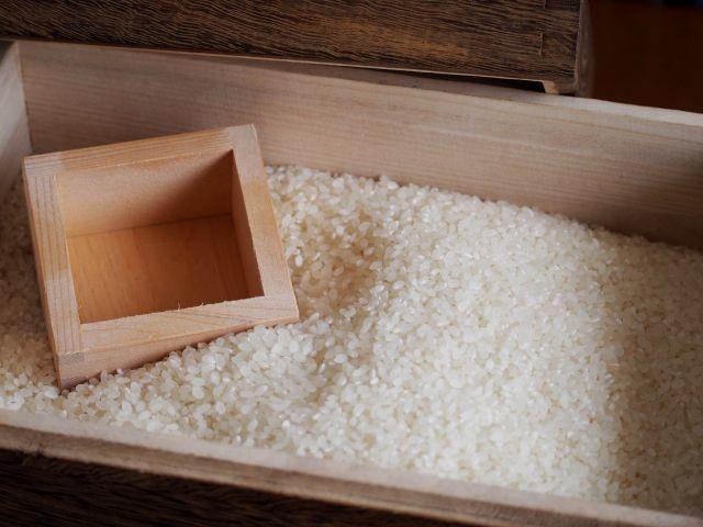 米と 一合枡