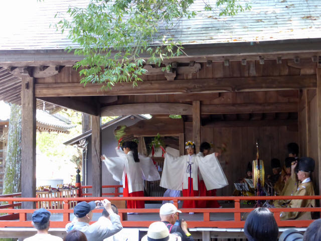 三輪神社例大祭と神輿0