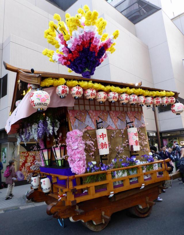 中新町の花車4