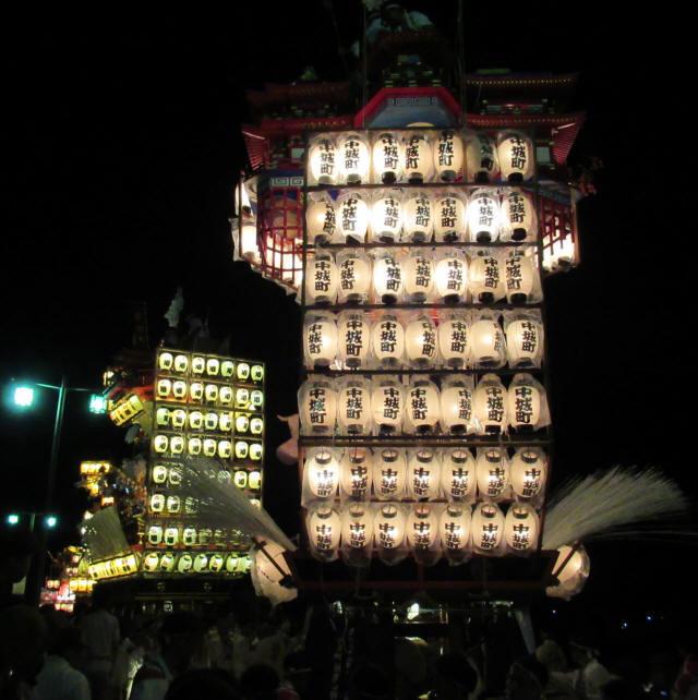 中城町の山鉾a