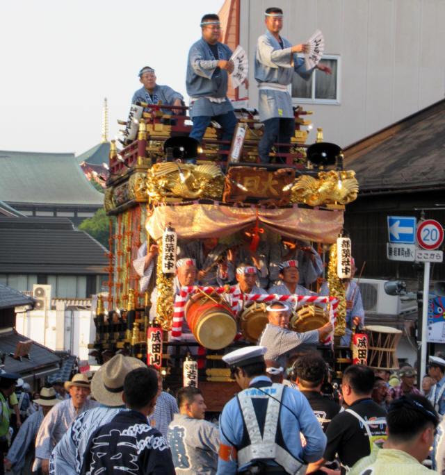 成田山交道会の山車5