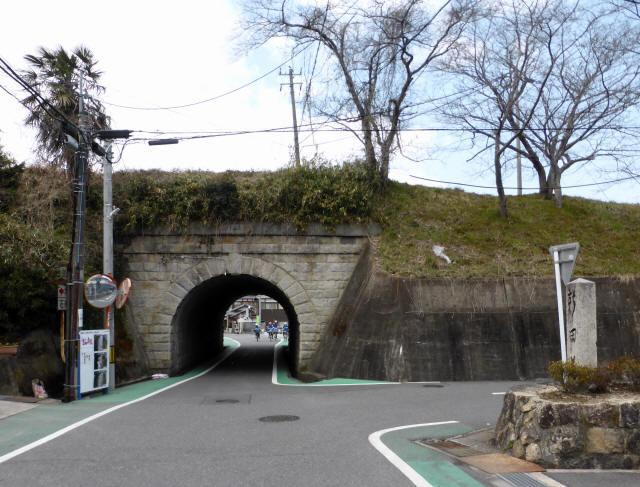 由良谷川隧道2