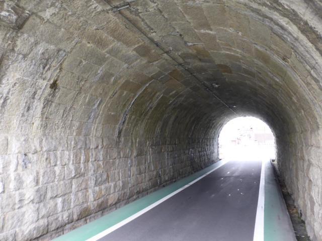 由良谷川隧道4