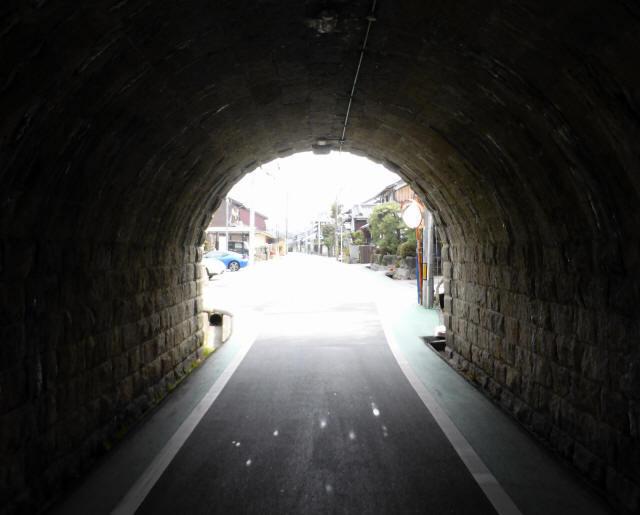 由良谷川隧道5