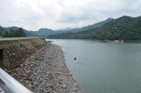 ダム湖175020
