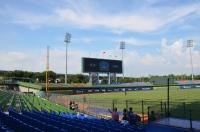 台中洲際球場も外野は日陰無し170715