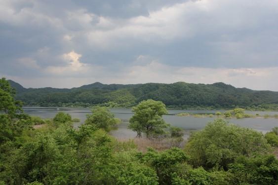 みちのく公園休憩所からの釜房湖