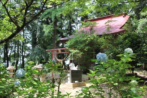 駒形三社神社