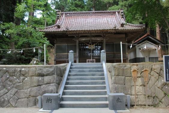 明石神社拝殿